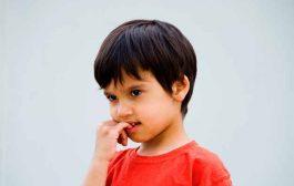 علل ناخن جویدن و راهکارهایش