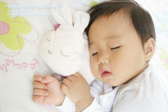 رختخواب جداگانه برای هر کودک , از شیر گرفتن کودک و بیرون کردن او از اتاق خواب