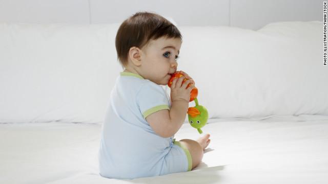 تثبیت دهانی و خوردن انگشت و ناخن و وسائل در کودکان