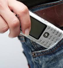 گوشی های همراه باعث کاهش تولید اسپرم در مردان می شوند