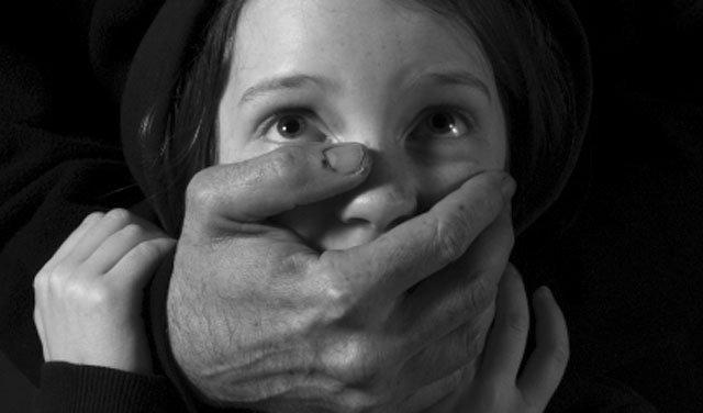 آموزشهای لازم به فرزند جهت جلوگیری از آزار جنسی