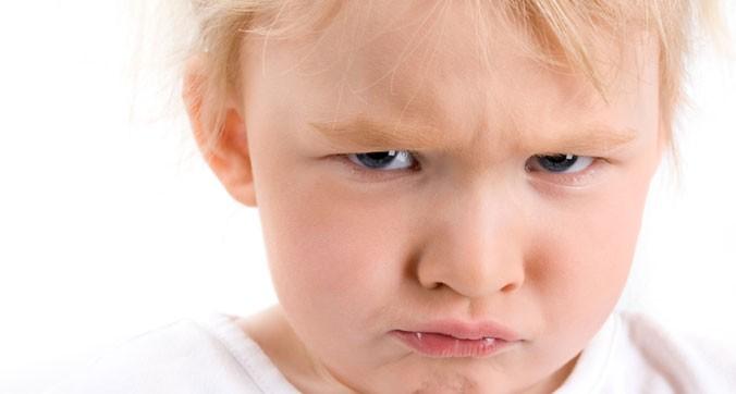 بدرفتاری کودکان در جمع و مهمانی را چگونه کنترل کنیم؟