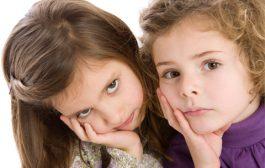 کودکان بد اخلاق را با این ۱۰ روش کنترل کنید