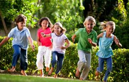 ده راز پرورش کودکی شاد