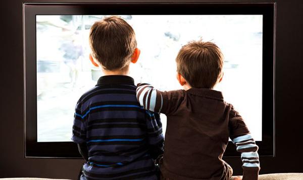 تماشای تلویزیون را برای کودکان محدود کنید