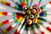 مداد رنگی اسباب بازی مهم زندگی کودکانمان را چگونه انتخاب کنیم؟