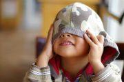 چه کنیم تا فرزندان کمرو نداشته باشیم؟