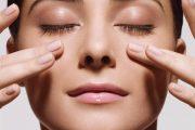 ۶ نوع ماساژ ساده صورت برای چروک نشدن پوست