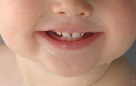 وقتی دندان درآوردن کودک با درد همراه است