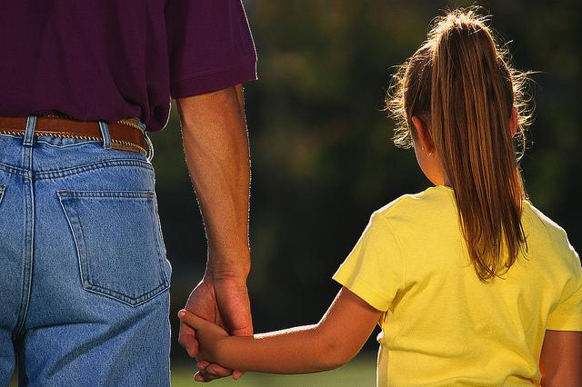 رابطه پدر با فرزند دختر