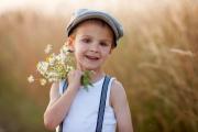 رفتار خوب و اصول اخلاقی به فرزندانتان آموزش دهید