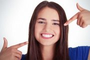 سپیدی دندان ها با روغن نارگیل