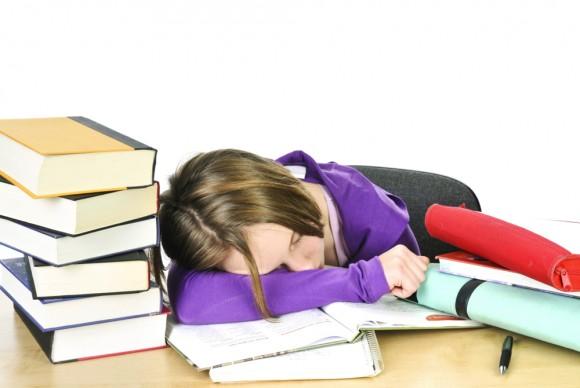 علت های اضطراب امتحان