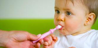 چطور از دندانهای کودکان مراقبت کنیم؟