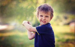 رفتار بچه فاقد اعتماد به نفس در خانه
