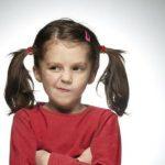 چرا کودکان لجبازی میکنند