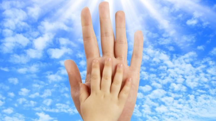 Inner-Child-hand-web-728x410