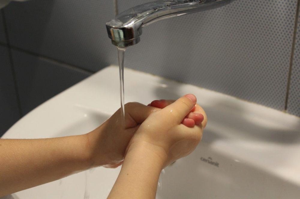 handwashing-ocd-1000x666