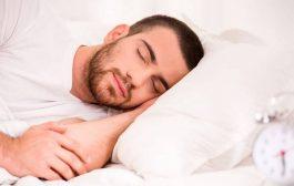 لیست خوراکی های مفید برای داشتن خواب راحت شبانه