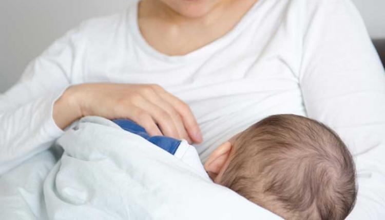 ترکیبات موجود در شیر مادر چیست؟